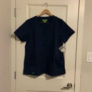 Crocs Scrub Top V neck size XL